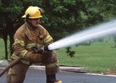 Fireman | Define Fireman at Dictionary.com