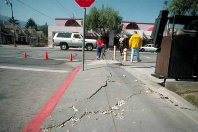 Sidewalk Define Sidewalk At Dictionary Com